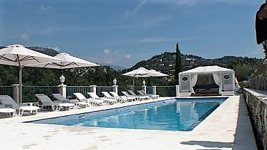 Guest house grasse provence alpes-maritimes cannes Nice Antibes smiming-pool le relais du peyloubet 4